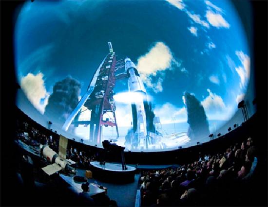 上河城·外滩裸眼3d太空球幕电影震撼上映图片