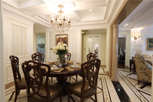富人,对豪华装修是一种取向,也有一种情感,欧式古典风向来就是一种图片