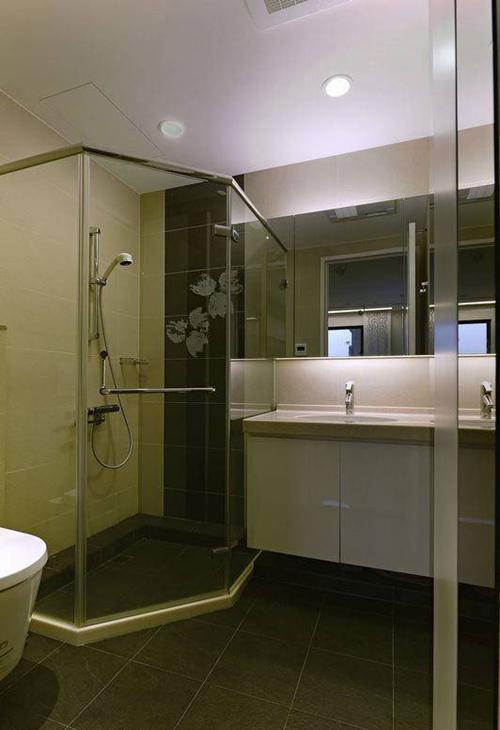 2015卫生间装修效果图大全图片欣赏 与众不同