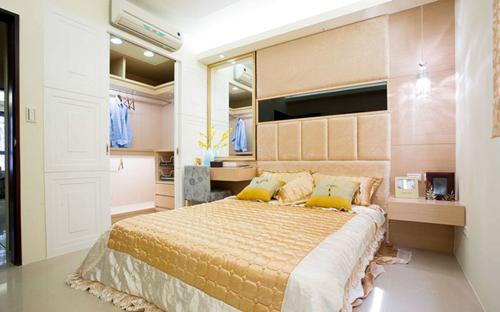 卧室装修效果图大全2015图片 有衣帽间的设计