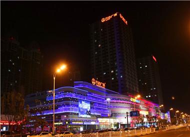 阜房网直击:城南新区10点钟的夜景
