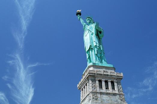 美国EB-5要关停?侨外美国移民为你解析新一季变法博弈!