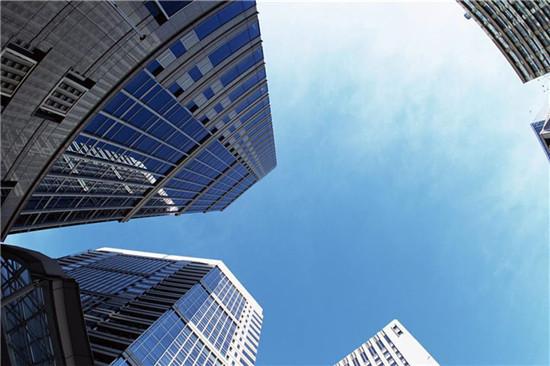 全国52家上市房企业绩分化明显 多家上调业绩预告