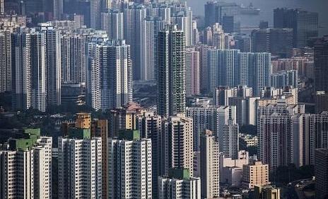 """房地产调控趋严 最爱地产股的万家基金疑""""转舵"""""""