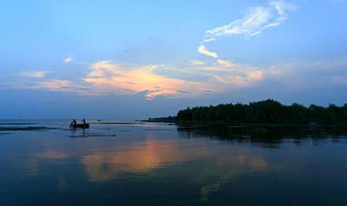 百艘渔船拉开巢湖捕捞大幕 湖鲜美食嘉年华本月举行
