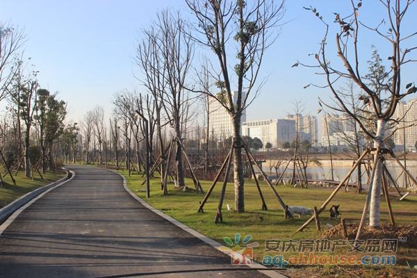 康熙河公园