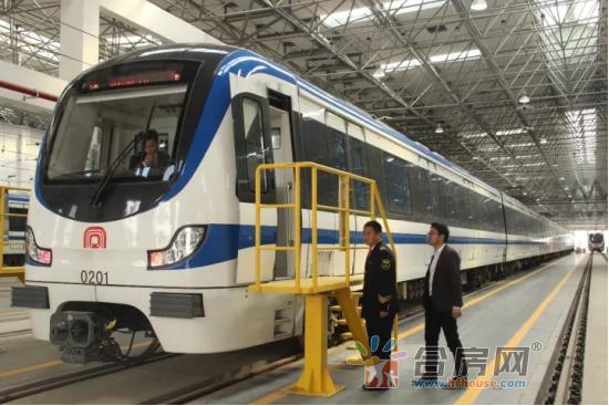 2017-11-8瑶海万达地铁2号线软文(1)118.png