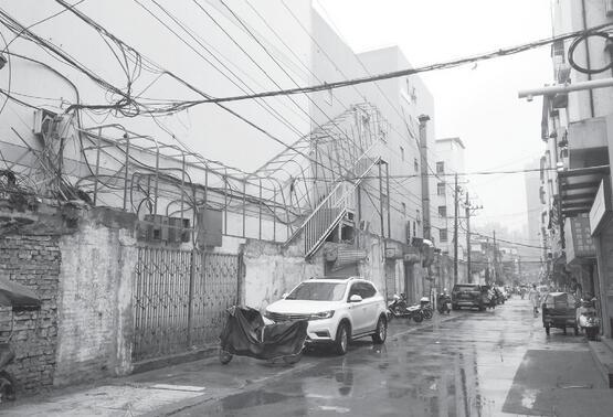 创建文明城市|阜阳金鹰巷大变样 流动摊贩不见了