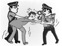 淮南一男子因盗窃车辆柴油而被抓 看守所里过七夕