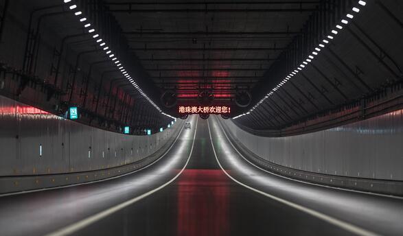 港珠澳大桥23日举行开通仪式 拟24日正式启用通车