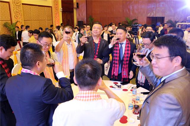 星空传媒(香港)控股18周年答谢酒会正式开启
